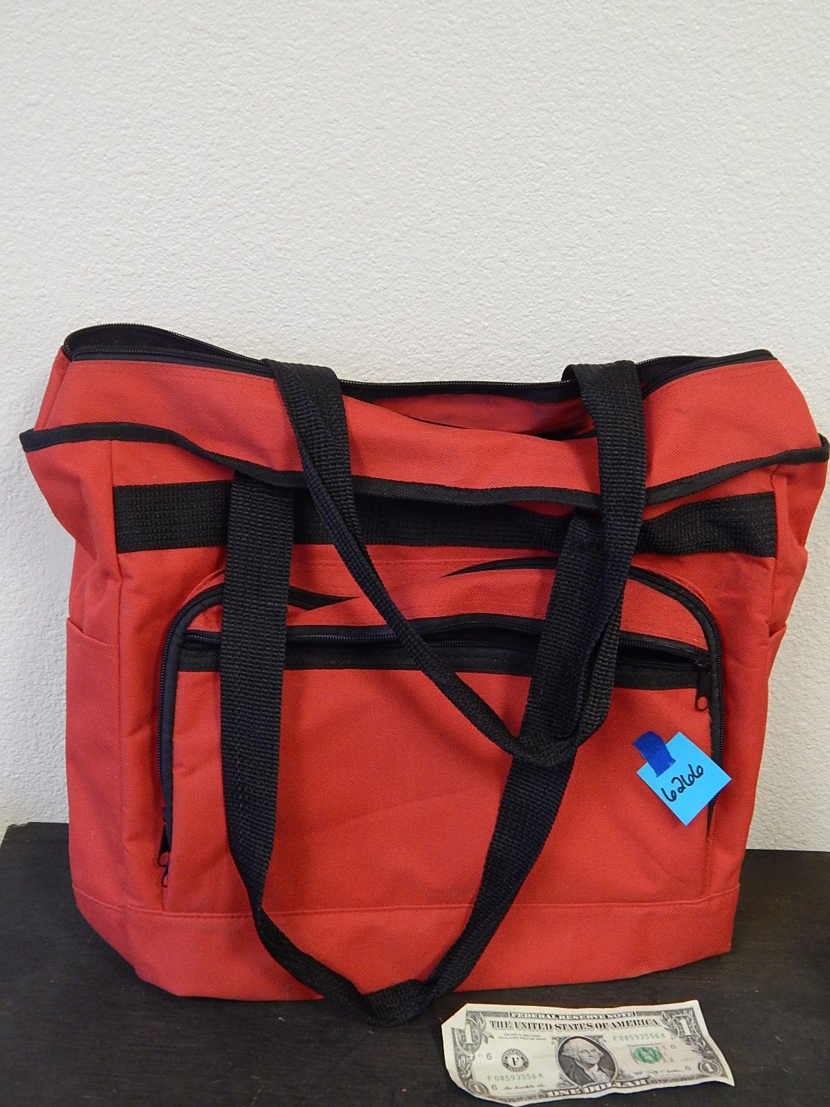 BD6266- Red Travel Bag Great Condition