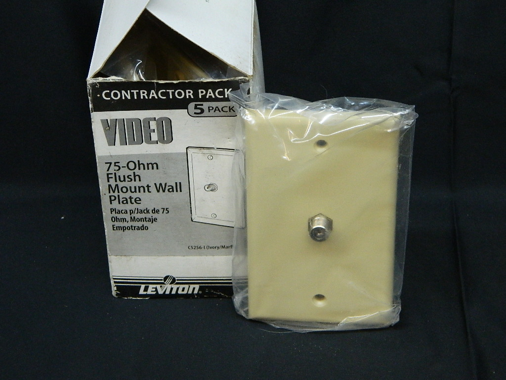 AA2924- NEW BOX of Video 75-Ohm Flush Mount Wall Plates '5 Count'