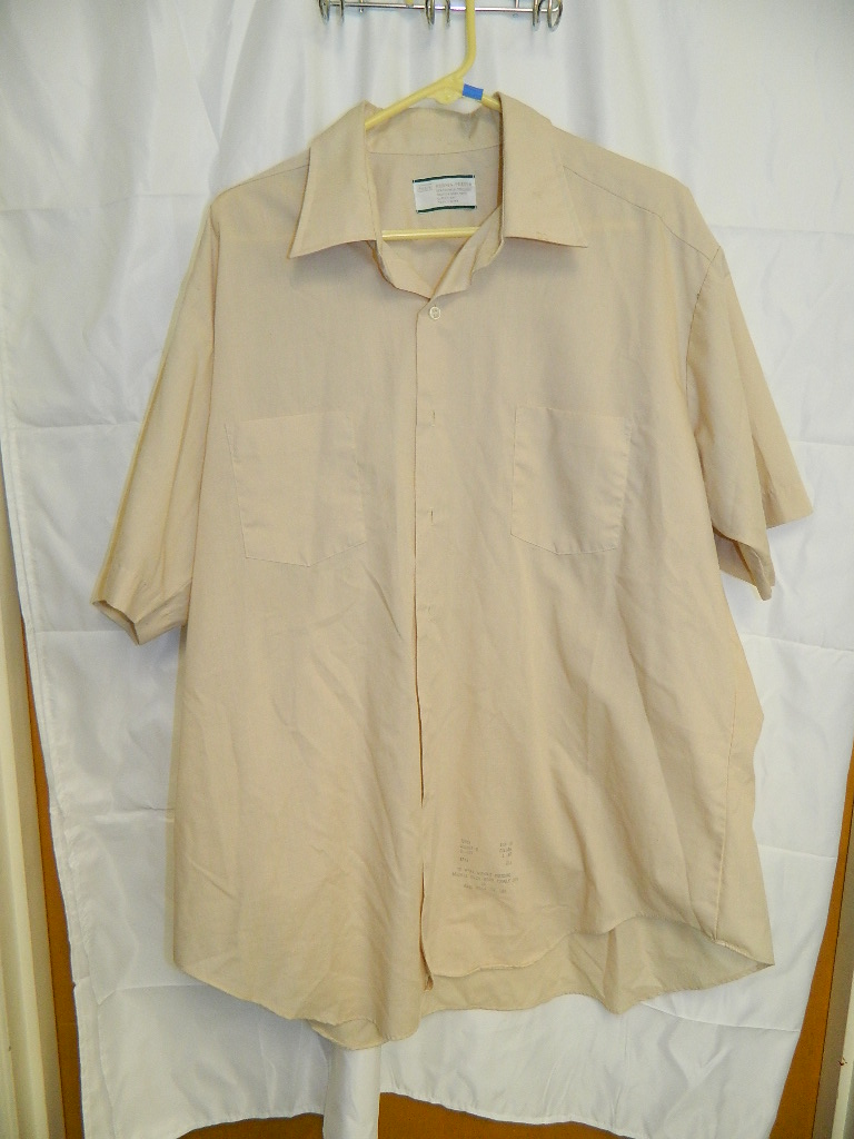 AA2954- MEN'S Vintage Sear's Size 18.5 Perma Prest Beige Colored Long Sleeve Button Up Shirt