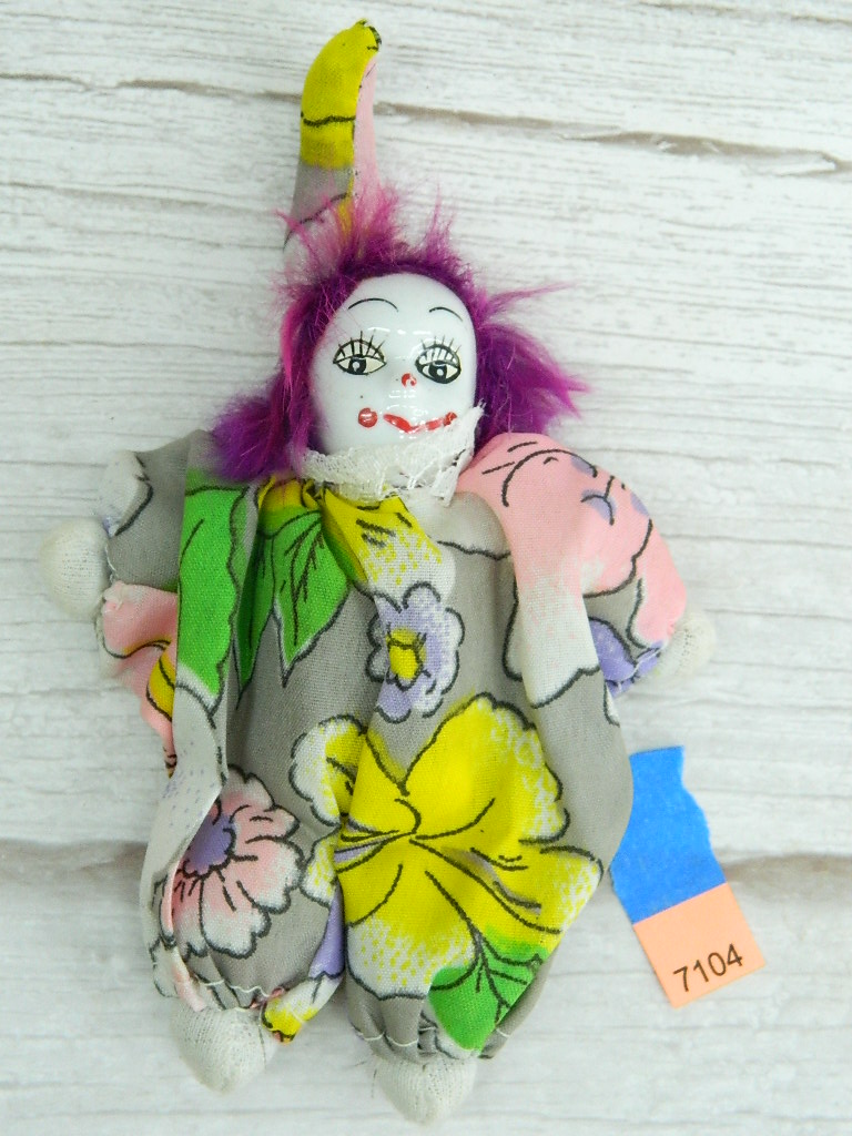 AA7104- Collectible Porcelain Faced Clown Doll '6.5in Tall'