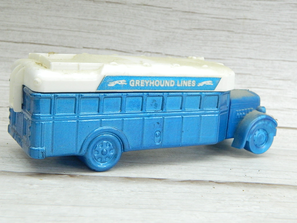 ML7136- Vintage Collectible Blue and White AVON Spicy After Shave 5oz GREYHOUND LINES BUS Decanter