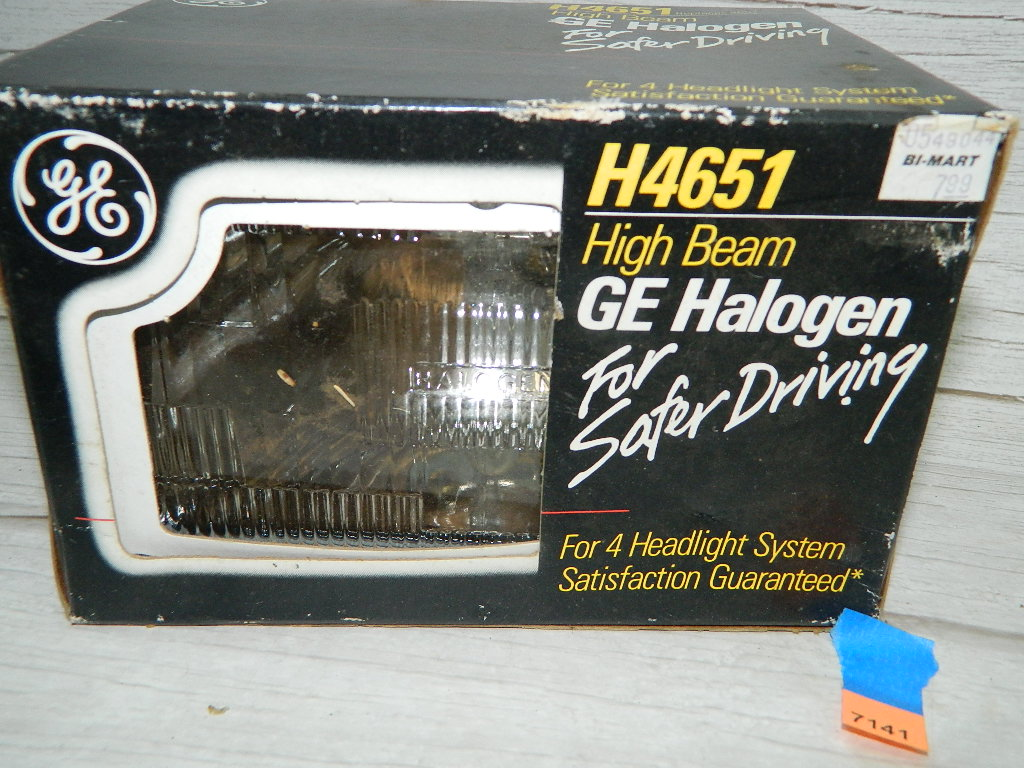 AA7141- NEW IN BOX High Beam General Electric H4651 Replacement Car Headlight
