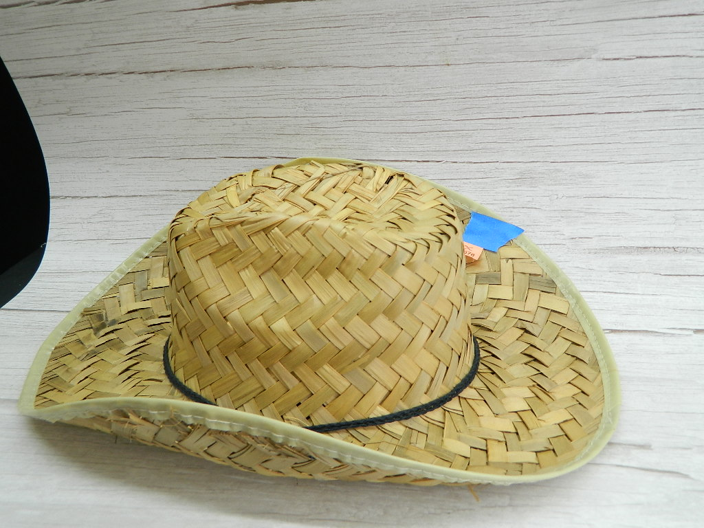 OE7678- MEN's Stray Styled Weaved Cowboy Hat Small Hole Size Small?