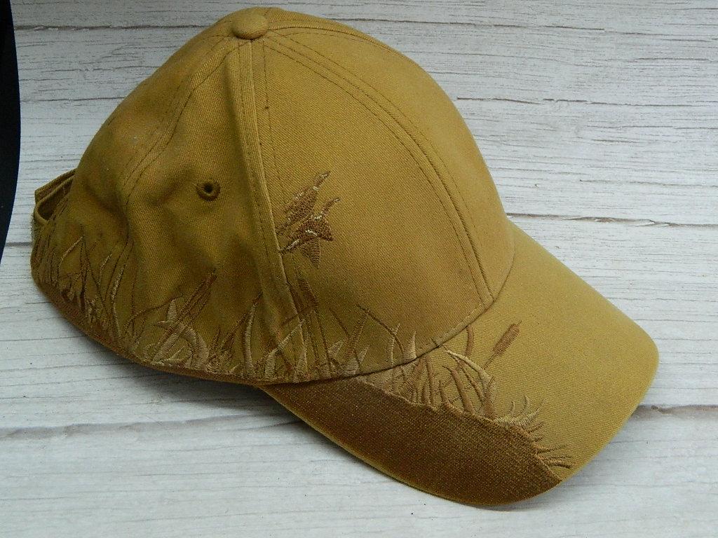 AA7713- LIKE NEW DRI-DUCK 2006 Wildlife Series Tan Duck Themed Men's Billed Adjustable Hat