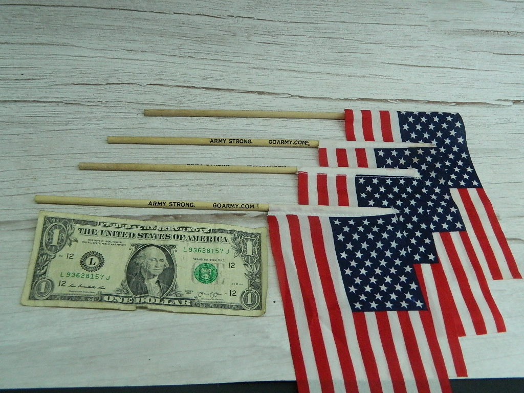 AA7751- Set of 4 GO ARMY Wooden Handled Fabric Made American Hand Flags '10in Long Flag 3.75x6.75in'