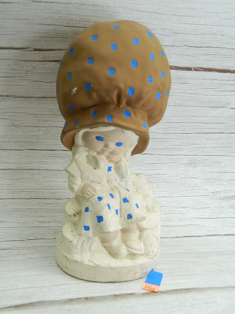 CO7758- Very Cute Ceramic Made Female Gnome Lawn Ornament No Chips or Cracks '10.5in Tall'