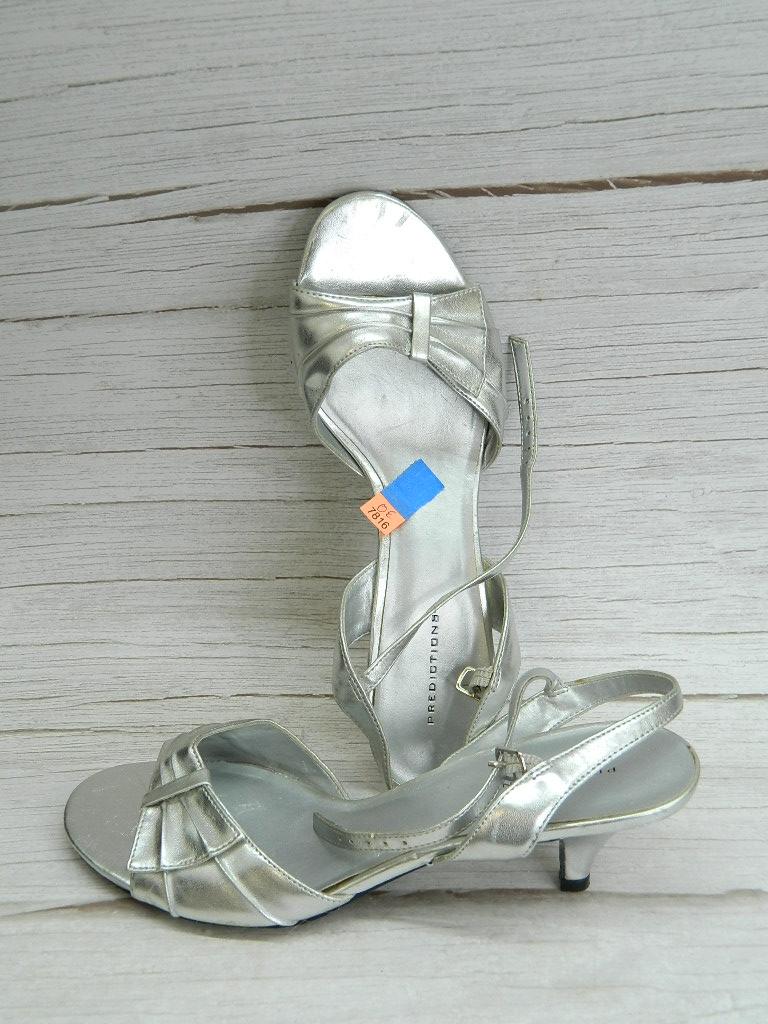 OE7816- WOMEN'S Size 8.5 Silver Toned Elegant Open Toed Heels