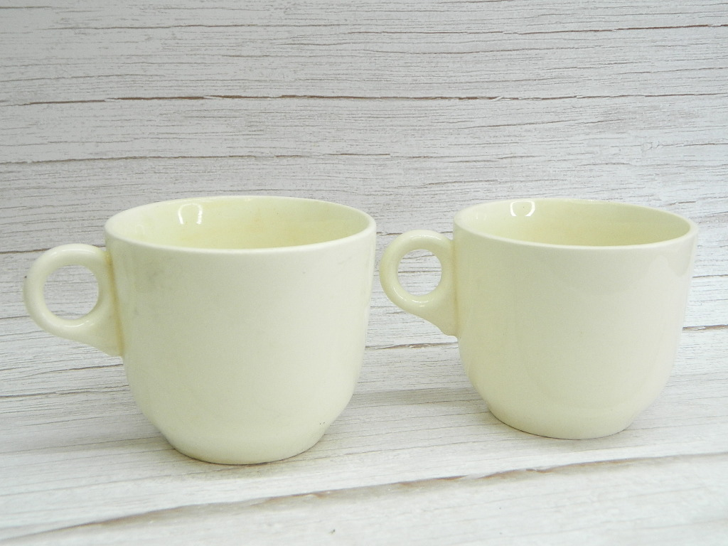 CO7823- Pair of Vintage USA Made Pottery Cream Colored Coffee Cups