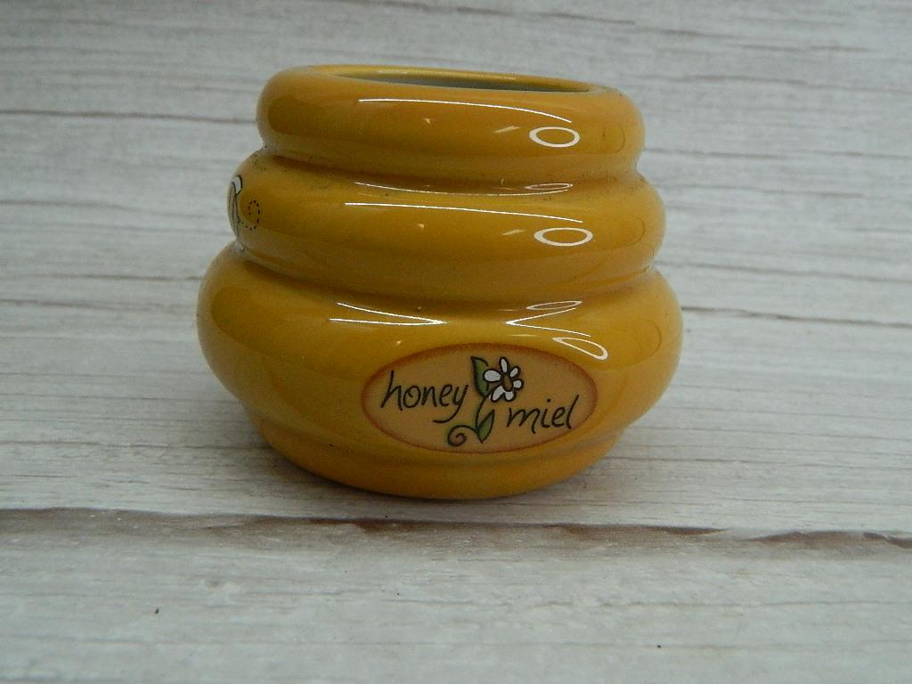 OE7880- Ceramic Made Small HONEY MIEL Honey Comb Shaped Honey Bowl '2.5in Tall'