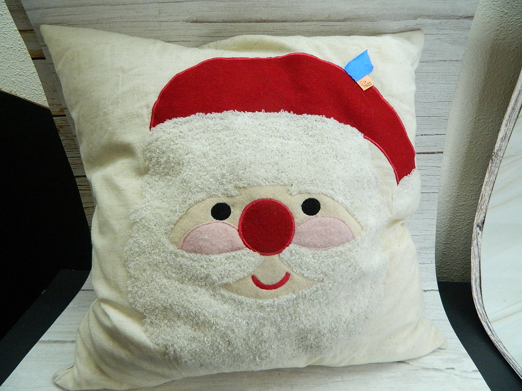 SG7920- Large Christmas Santa Feather Down Zipper Cover Throw Pillow Great Condition '17x17in'