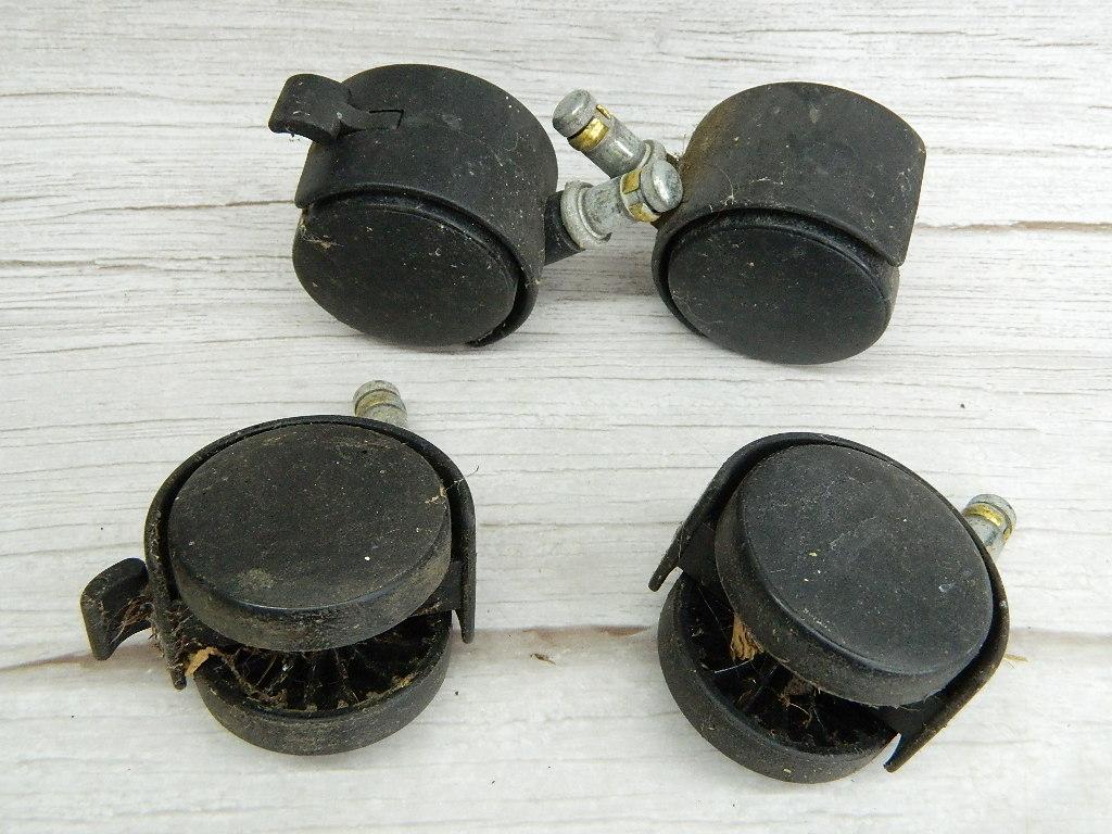 SM6831- Set of 4 Small Castor Wheels