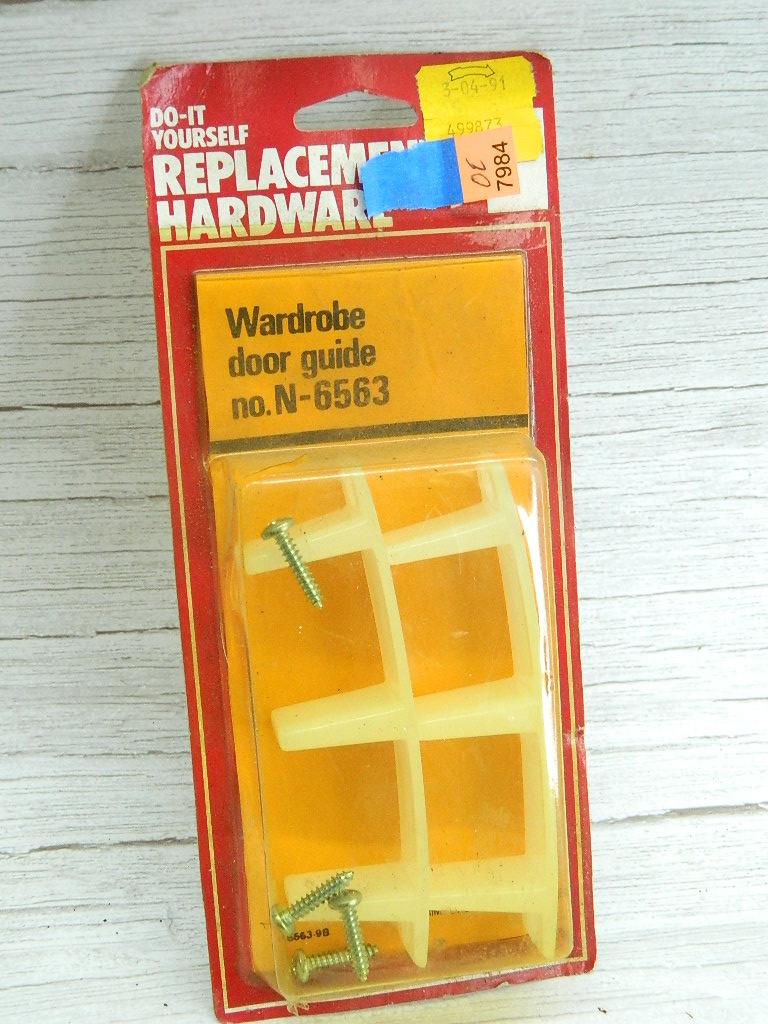 OE7984- NEW IN PACKAGE Wardrobe Door Guide Hardware