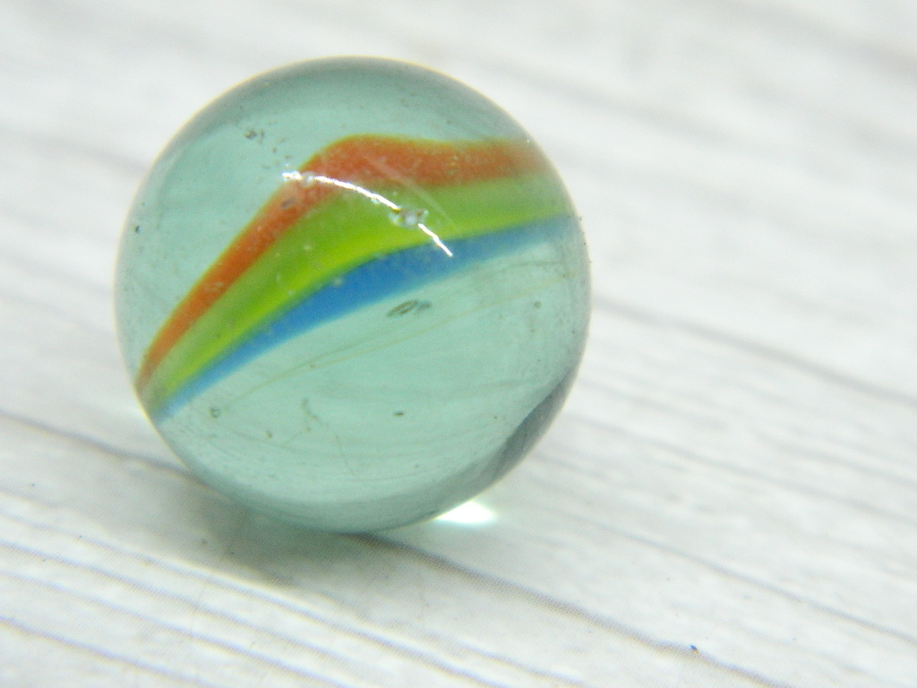 CA8364- Vintage Collectible 'Clear, Blue, Yellow, and Orange' Cat's Eye Glass Marble