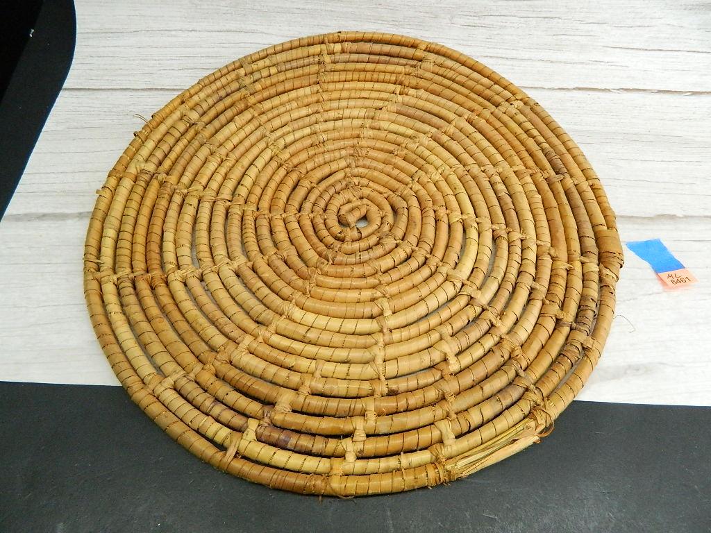 ML8461- Wooden Weaved Circular Table Mat '12.5in Across'