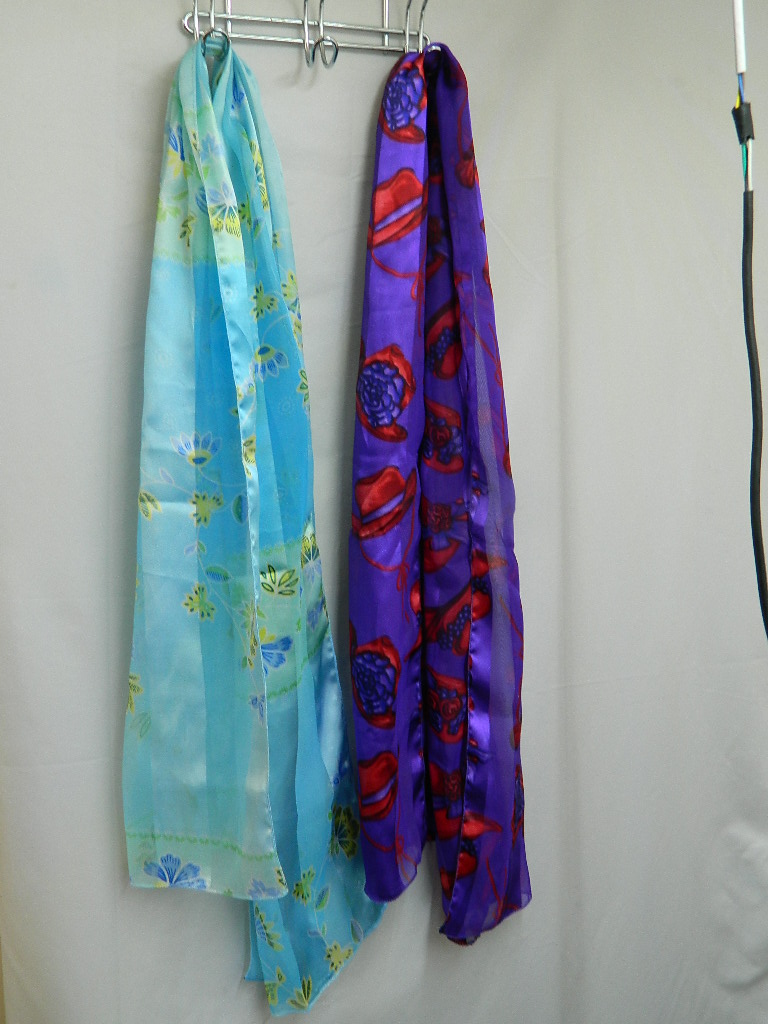 AA8465- Set of 2 Gorgeous Polyester Flower Themed Scarves