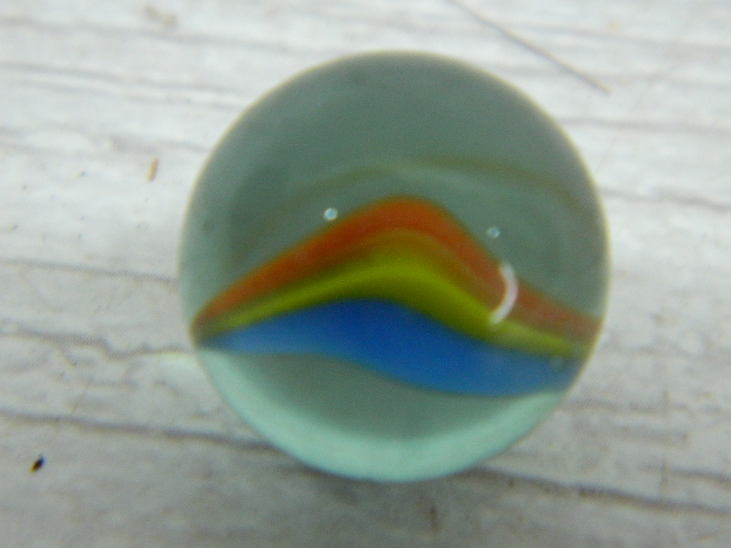 CA8474- Vintage Collectible 'Clear, Yellow, Blue and Orange' Cat's Eye Glass Marble