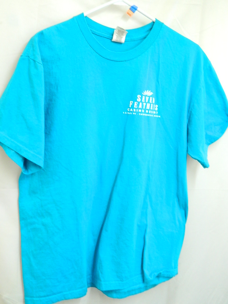 AA8485- Size L Blue Seven Feathers Casino T-Shirt