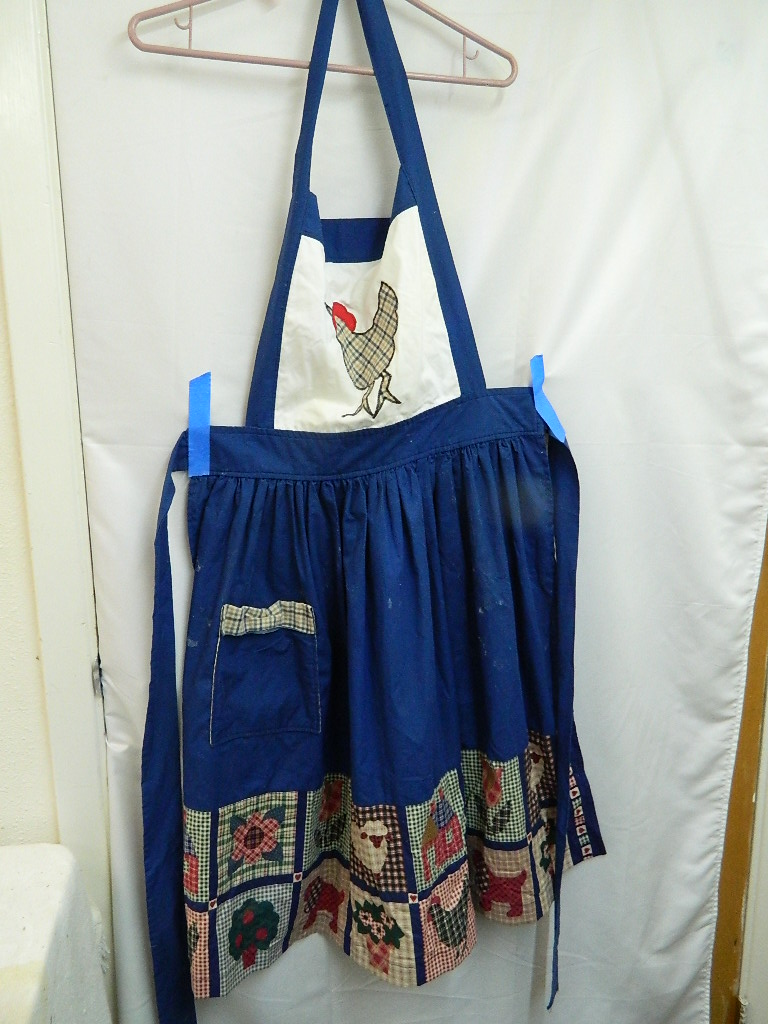 AA8538- Blue and White Farm Animal Themed Cooking Apron w/ Pocket
