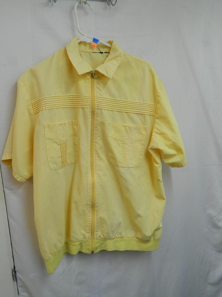 AA8539- Size Medium/ Large? Yellow Zip up T-Shirt w/ Breast Pockets
