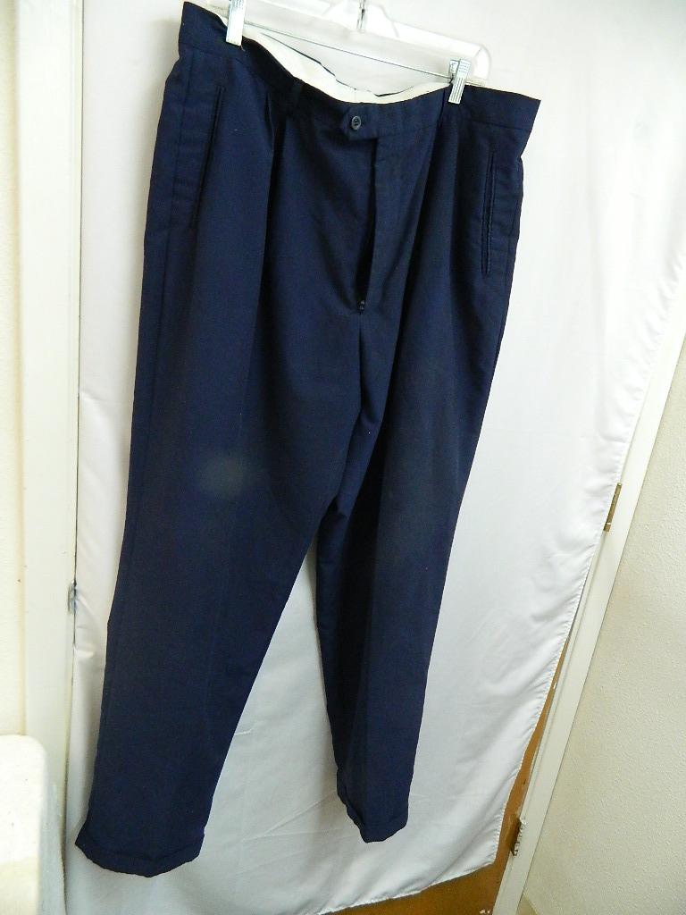AA8541- MEN'S Size 40x32 Polyester Navy Blue Double Button Slacks
