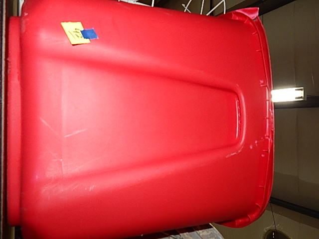 42-Plastic Tub w/ Lid