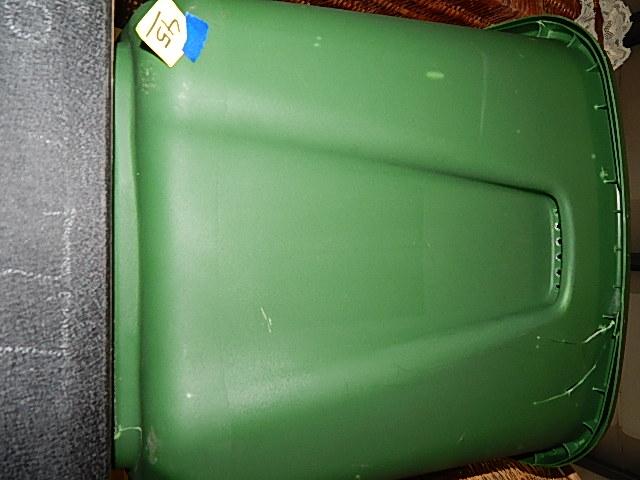 45-Plastic Tub w/ Lid